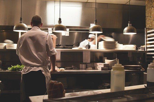 Jak otworzyć firmę cateringową? Krok po kroku